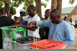 Voters casting their votes at a Polling station in Maitama, Abuja after accreditation. 28th March, 2015. IMG_4779